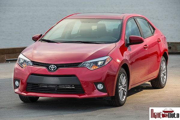 Dán phim cách nhiệt ô tô chính hãng cho Toyota Altis