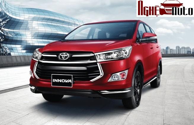 Dán phim cách nhiệt chống nóng cho Toyota Innova