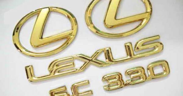 bo-logo-ma-vang-theo-xe-lexus-2