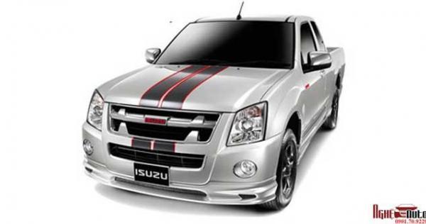 body-kit-cho-xe-isuzu-d-max-mau-01-1
