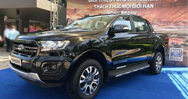 danh-muc-do-choi-noi-that-theo-xe-ford-ranger-2018-can-co-1