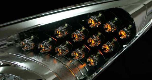 module-xi-nhan-den-pha-led-hyundai-i30-mau-cione-1