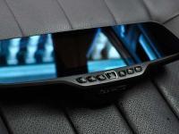camera-hp-f720-lap-cho-xe-toyota-hilux-1