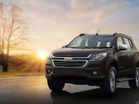danh-muc-do-choi-noi-that-theo-xe-chevrolet-trailblazer-2018-can-co-1