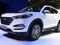 danh-muc-do-choi-noi-that-theo-xe-hyundai-tucson-2018-can-co-1