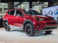 danh-muc-do-choi-noi-that-theo-xe-toyota-rav4-2018-can-co-1