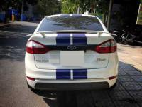 duoi-gio-khung-cao-co-den-ford-fiesta-sedan-1