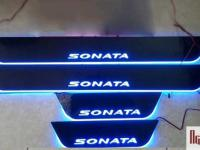 op-bac-cua-co-den-led-hyundai-sonata-1