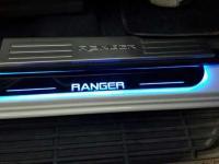 op-bac-cua-ford-ranger-cao-cap-1