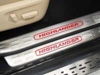 op-bac-trong-cua-xe-toyota-highlander-1