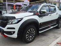 op-hong-ban-to-cho-xe-chevrolet-colorado-2