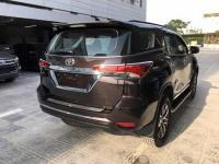 op-tay-mo-cop-toyota-fortuner-1