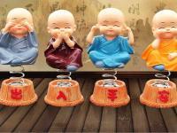 tuong-4-chu-tieu-tu-khong-dat-tap-lo-o-to-mau02